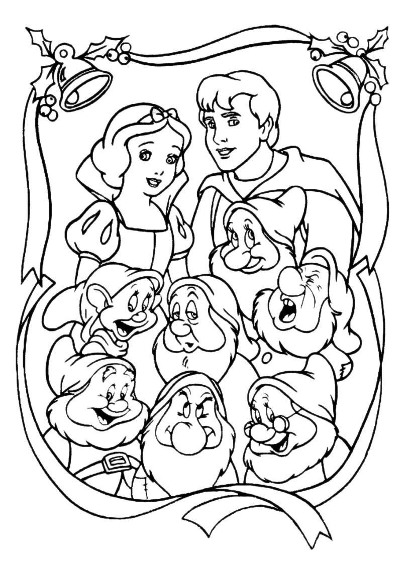 Раскраска Белоснежка с принцем и гномами - распечатать ...